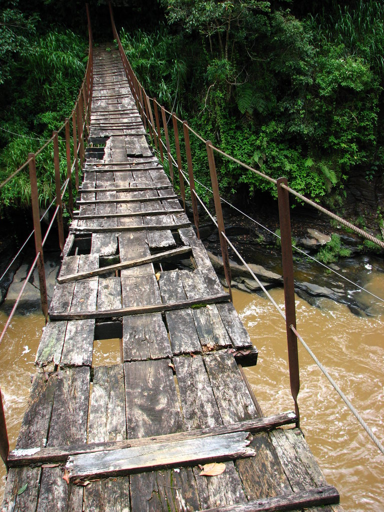Kotmale Footbridge