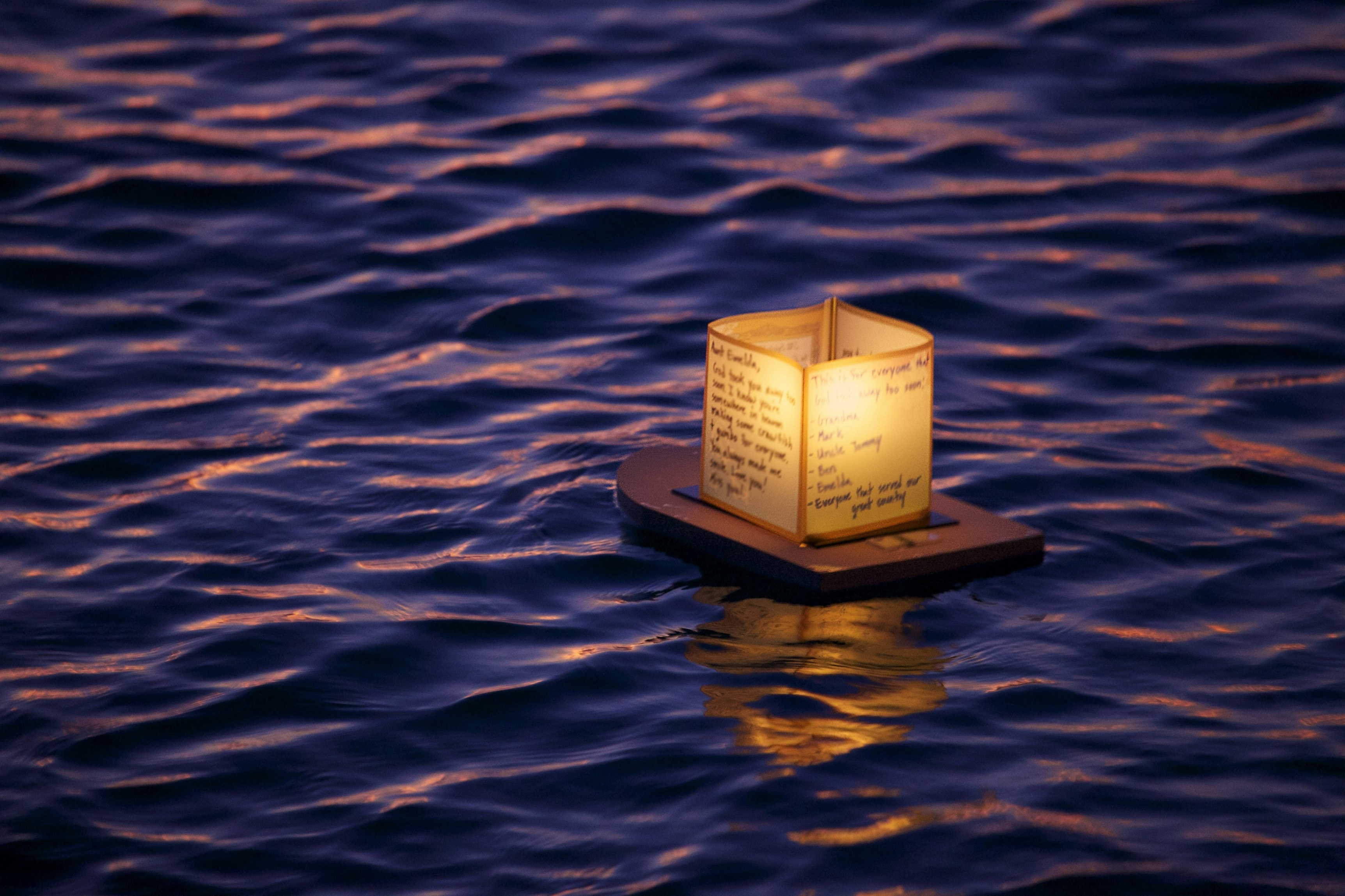 Floating Lanterns Festival In Honolulu 1