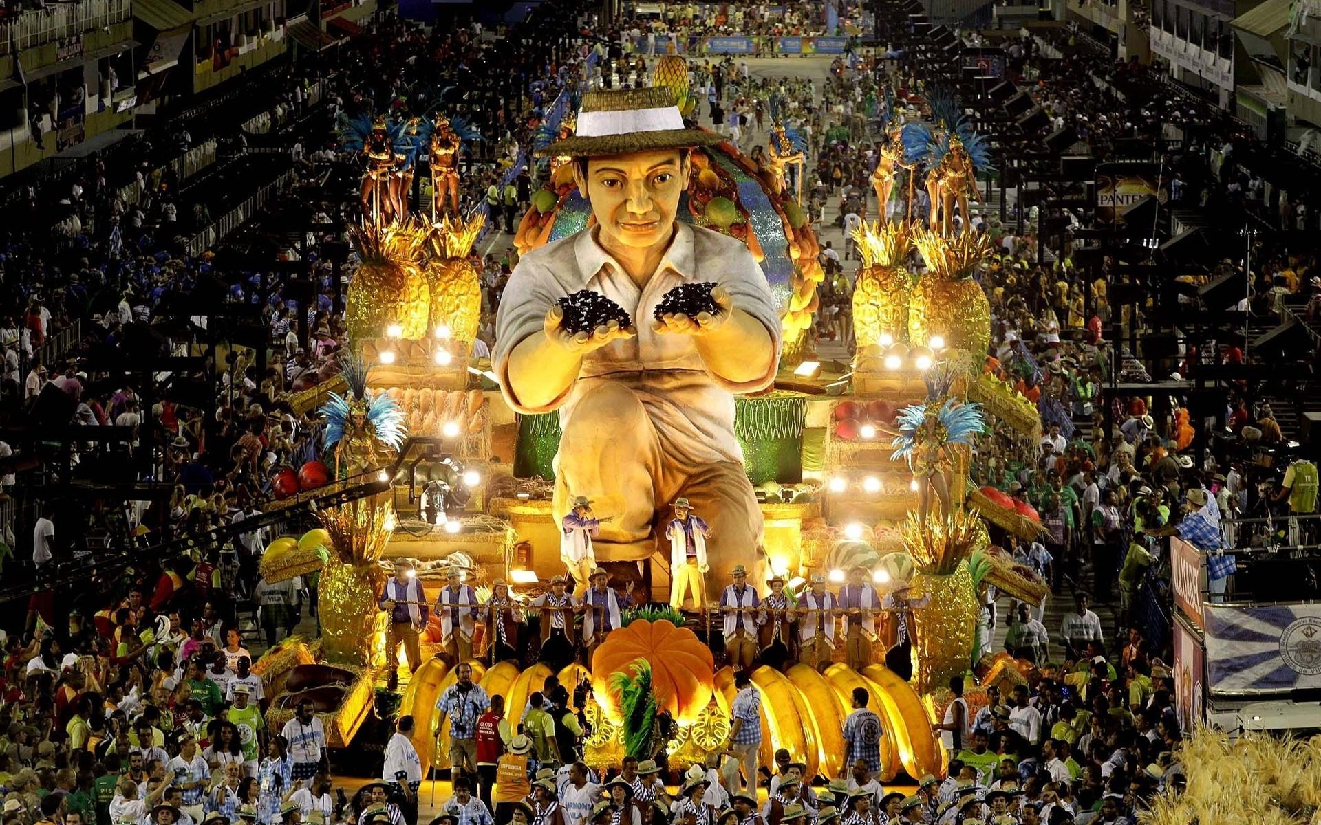 The Rio de Janeiro Carnival