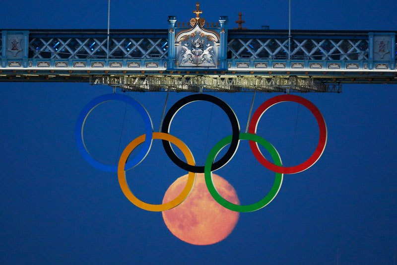 full moon olympic rings london bridge