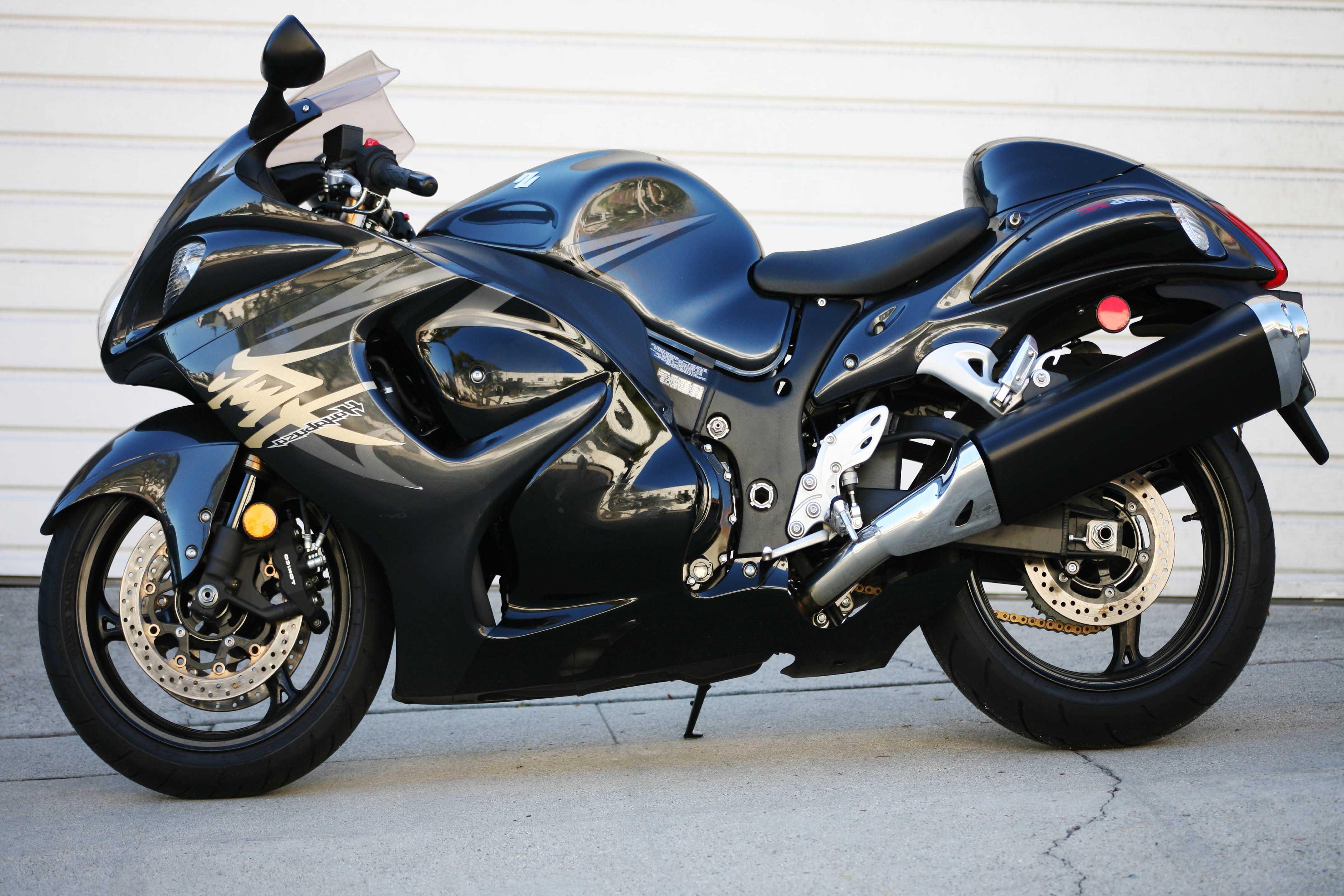 suzuki hayabusa blue bike