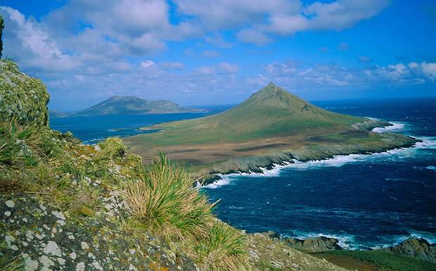 3. Falklands_landscape