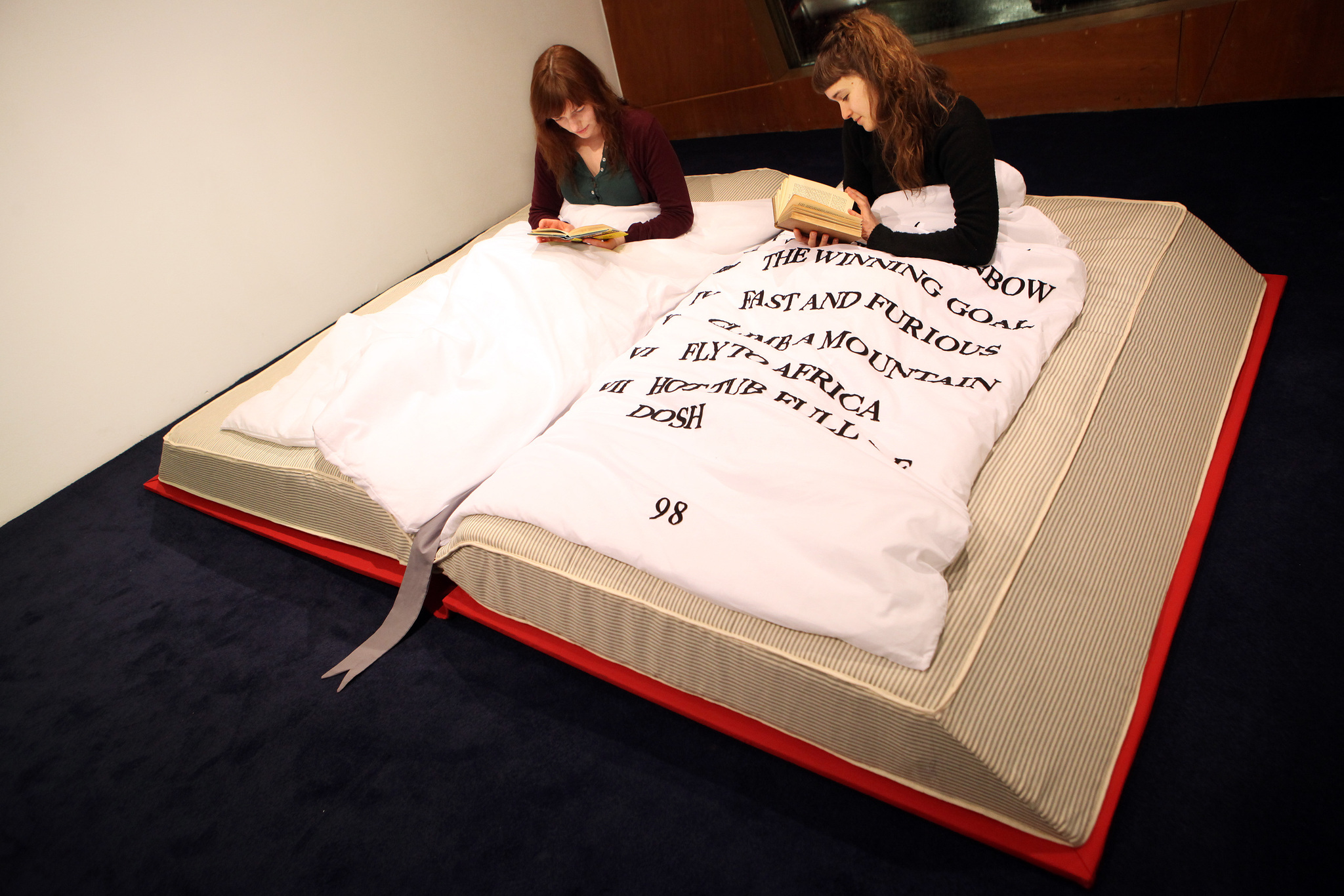 book-bed