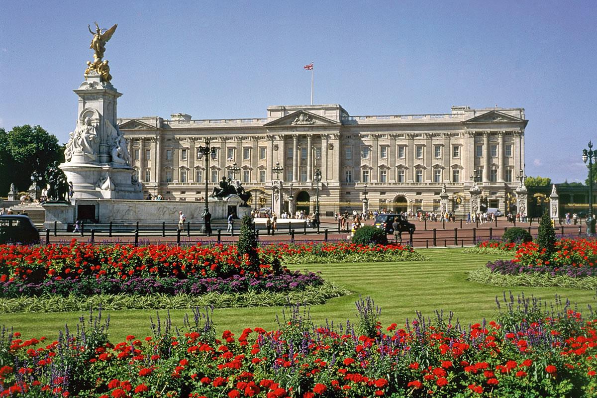 buckingham-palace-b