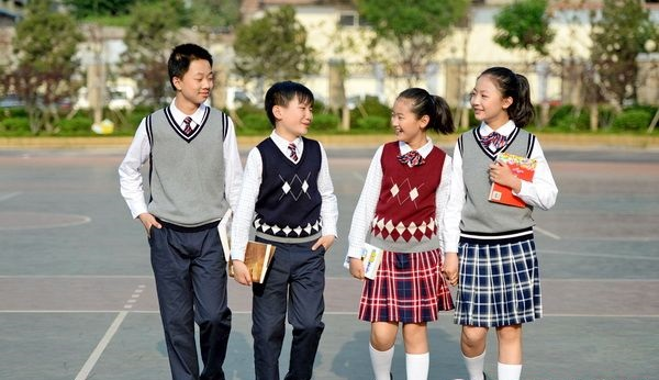 School uniforms, kids clothing and baby clothes at discount prices for boys and girls including name brand apparel.
